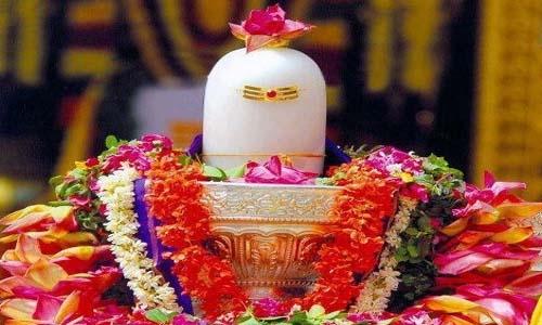 भगवान शिव को कौन से फूल चढ़ाने से कौन सा फल मिलता है