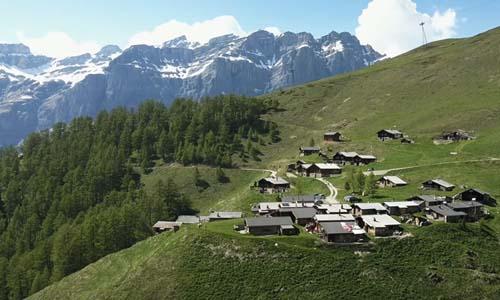एक ऐसा गाँव जहाँ बसने पर सरकार आपको 45 लाख रुपए देगी